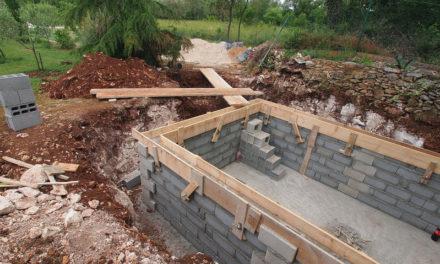 Le bloc stepoc pour la construction de sa piscine béton